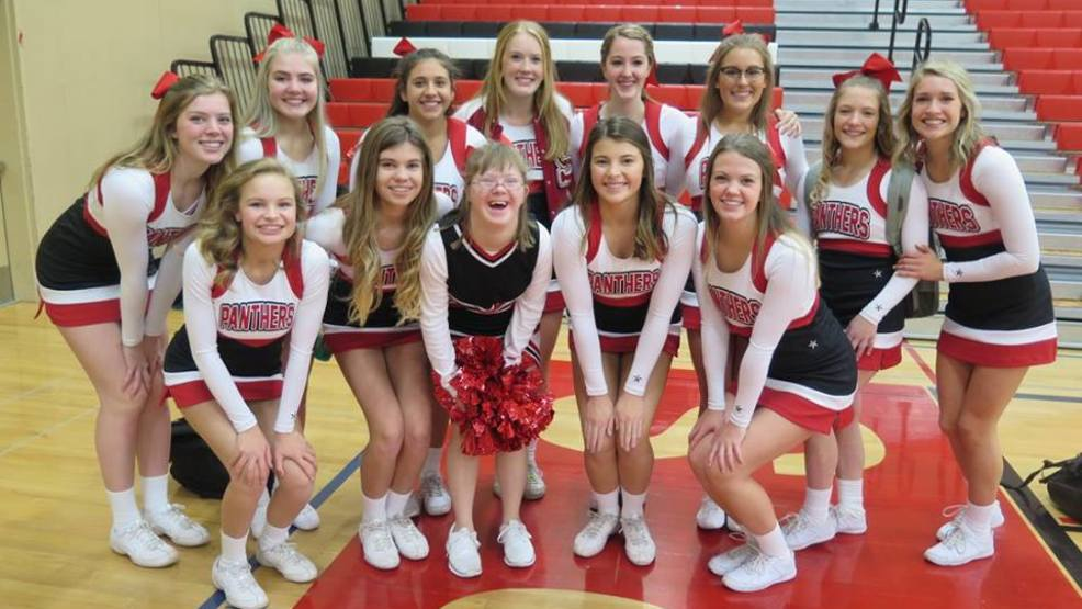 Cheer Squad_Snohomish School District.jpg