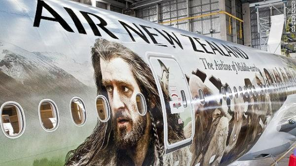 The world's largest plane decal, taking more than 400 hours to complete, was unveiled in 2012. Air New Zealand chose this design in honor of The Hobbit.