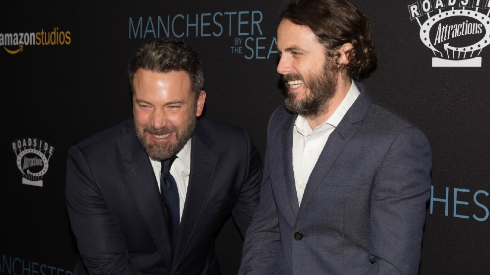 Ben Affleck roasts Casey Affleck for omitting him from acceptance speech