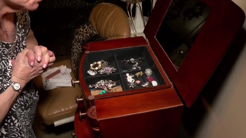 Operation restock the jewelry box a passion project of for Jewelry jobs las vegas