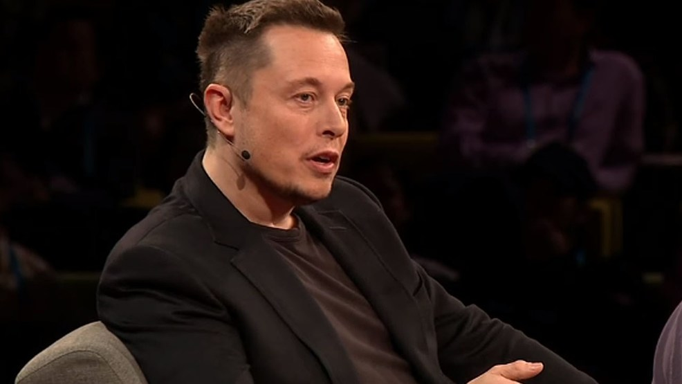 Elon Musk promises to help Flint with the water crisis