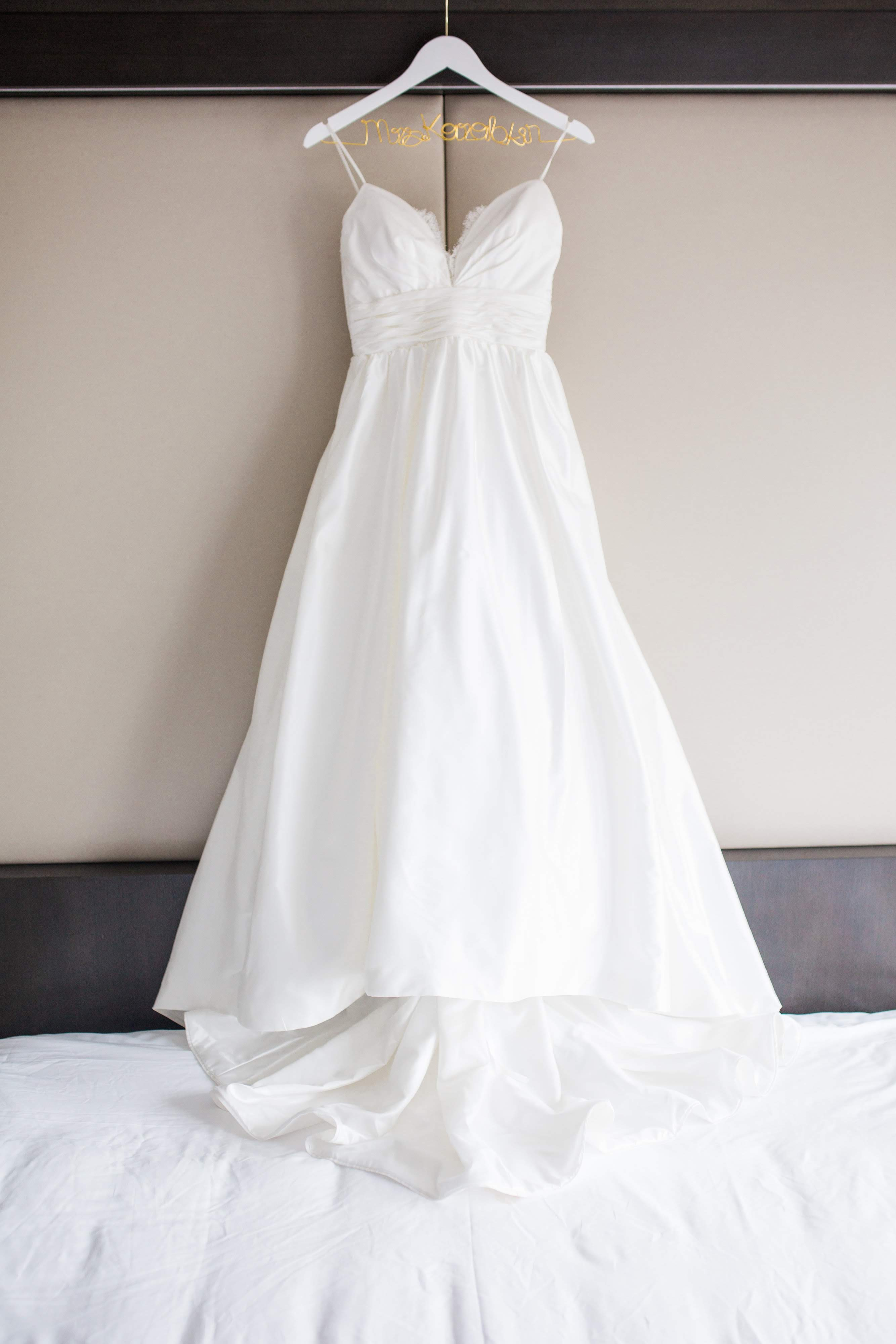 Gown: Modern Trousseau (Image: Birds of a Feather Photography /{ }http://birdsofafeatherphotos.com){ }