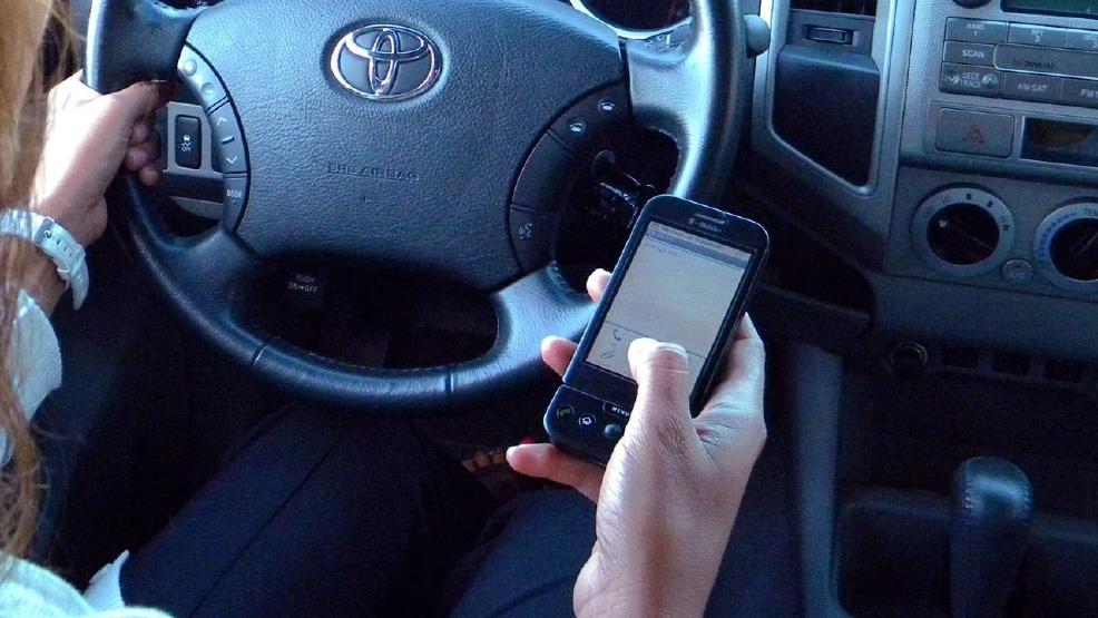 Virginia legislators seek to curb distracted driving | WSET