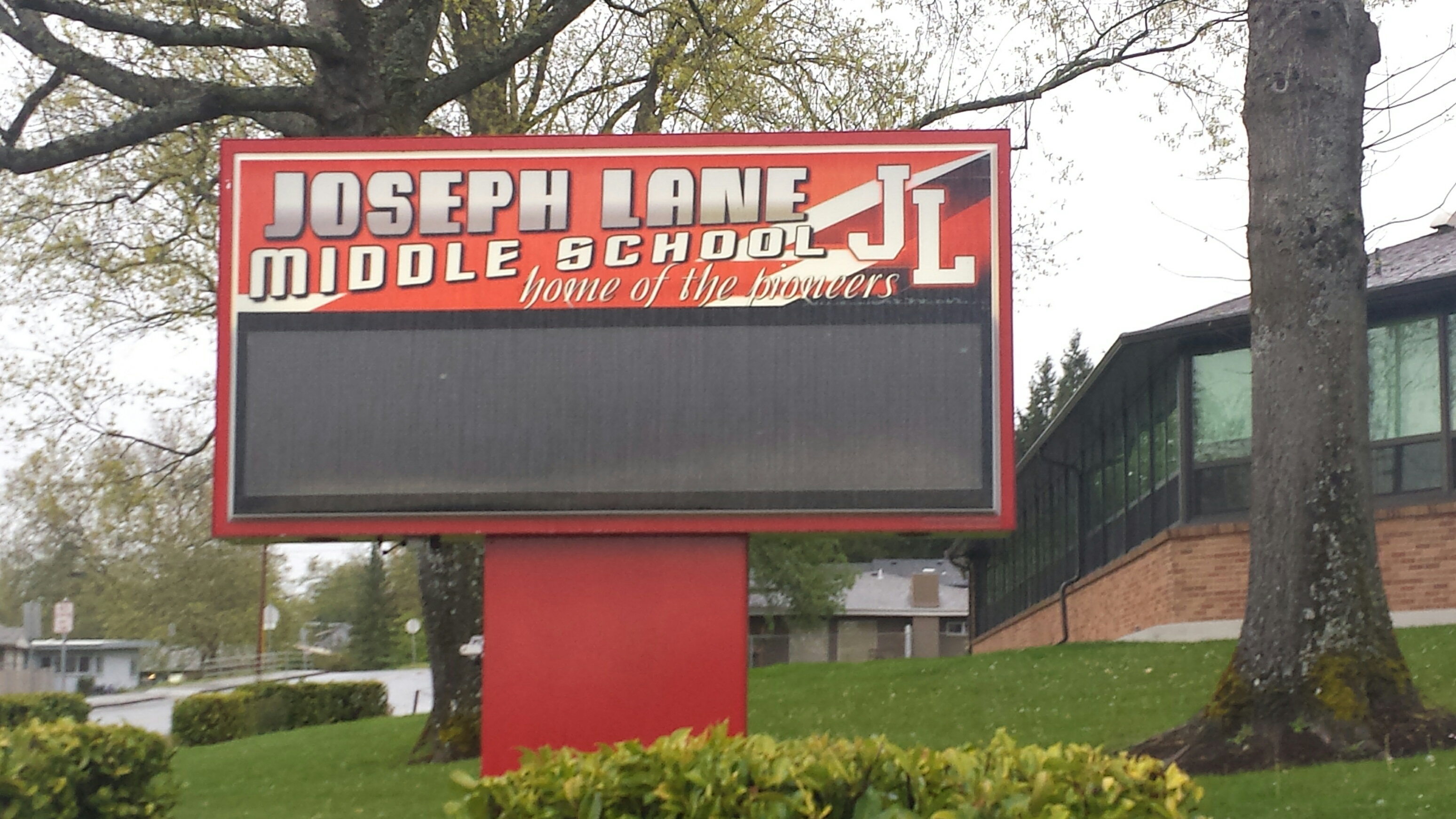 Joseph Lane Middle School (SBG photo)