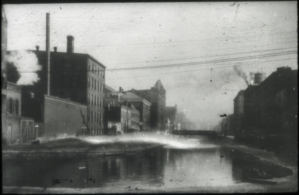 Miami and Erie Canal at Plum St. Bend, 1903 / DATE: 1903 / COLLECTION: Public Library of Cincinnati and Hamilton County / Image courtesy of the digital archive of The Public Library of Cincinnati and Hamilton County // Published: 5.3.18
