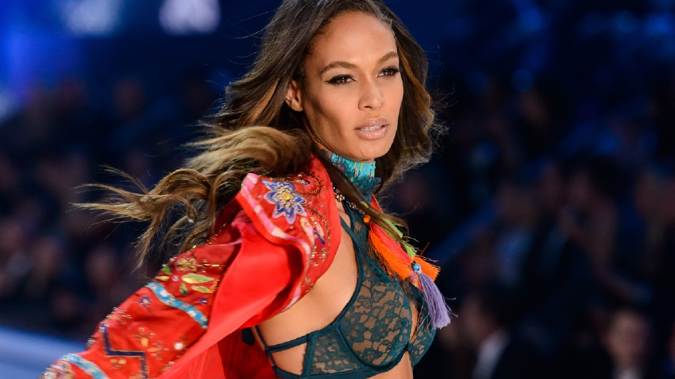 Supermodel Joan Smalls stays fit to keep scoliosis pain at bay