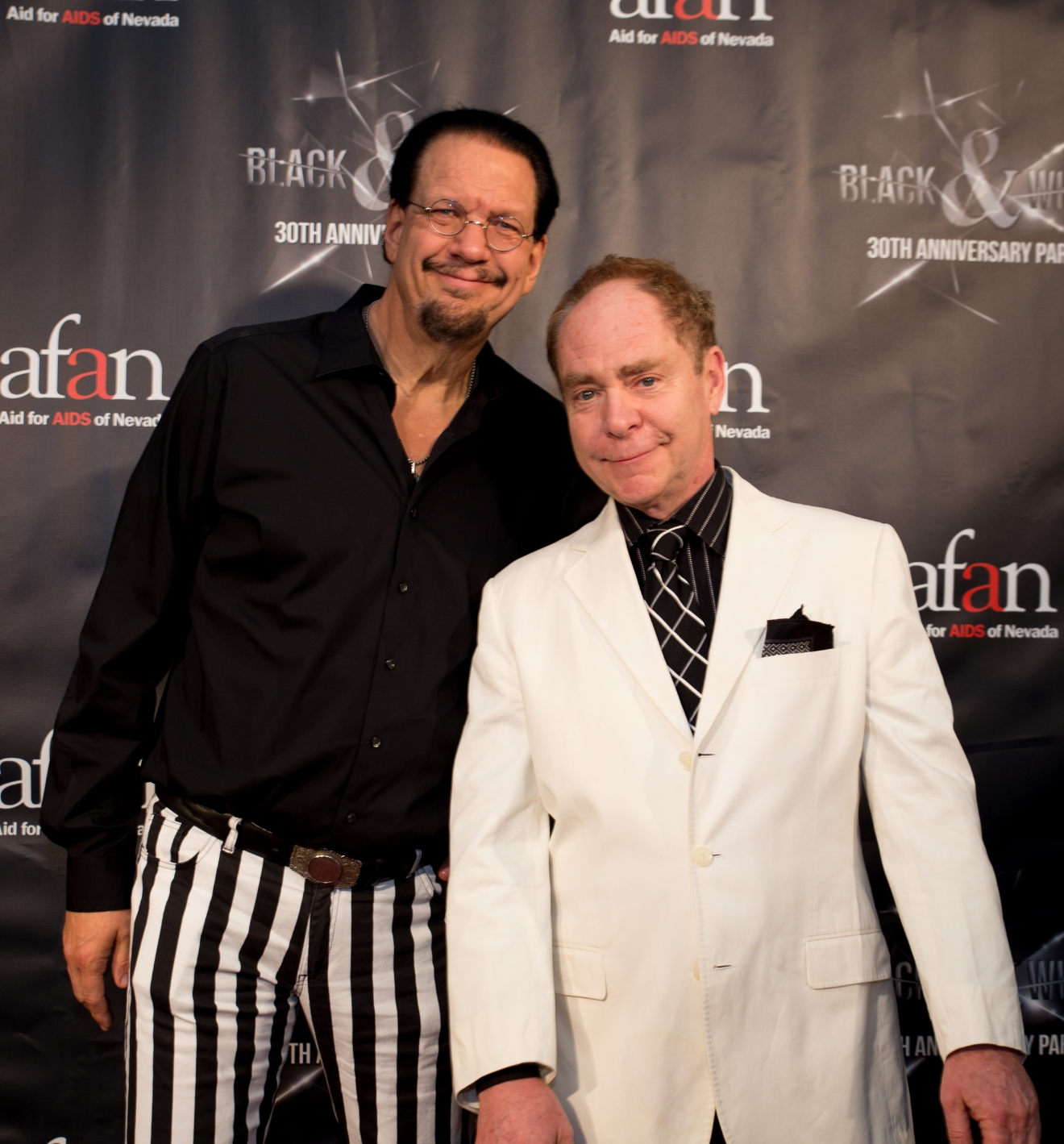 Penn & Teller Discount Tickets. $65 TICKETS START AT. $58 TICKETS START AT. Las Vegas Show Discounts More. The difference between Penn and Teller's show and every other magician on the Las Vegas Strip is that this talented duo likes to bring the audience in on their magic secrets, or so they would like you to think!.