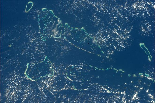Stunning view of Maldives atolls earlier today (Photo & Caption courtesy Koichi Wakata (@Astro_Wakata) and NASA)