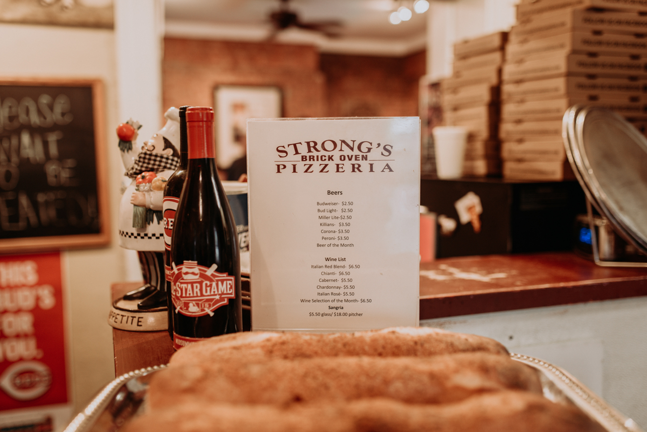 Strong's Brick Oven has been dishing out high-quality pizza to Newport-goers for five years. It is located just south of the Levee at 336 Monmouth Street (41071). / Image: Brianna Long // Published: 10.20.17