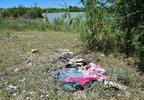 3_clothes_near_river_RJ_TT.jpg