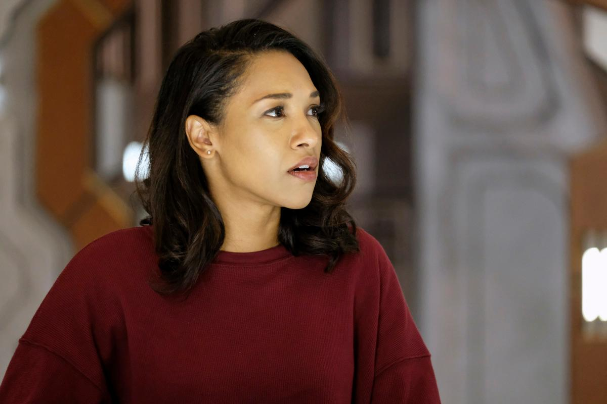 "DC\'s Legends of Tomorrow -- ""Crisis on Earth -- X, Part 4"" -- Image Number: LGN308b_0300b.jpg -- Pictured: Candice Patton as Iris West -- Photo: Robert Falconer/The CW -- �© 2017 The CW Network, LLC. All Rights Reserved."