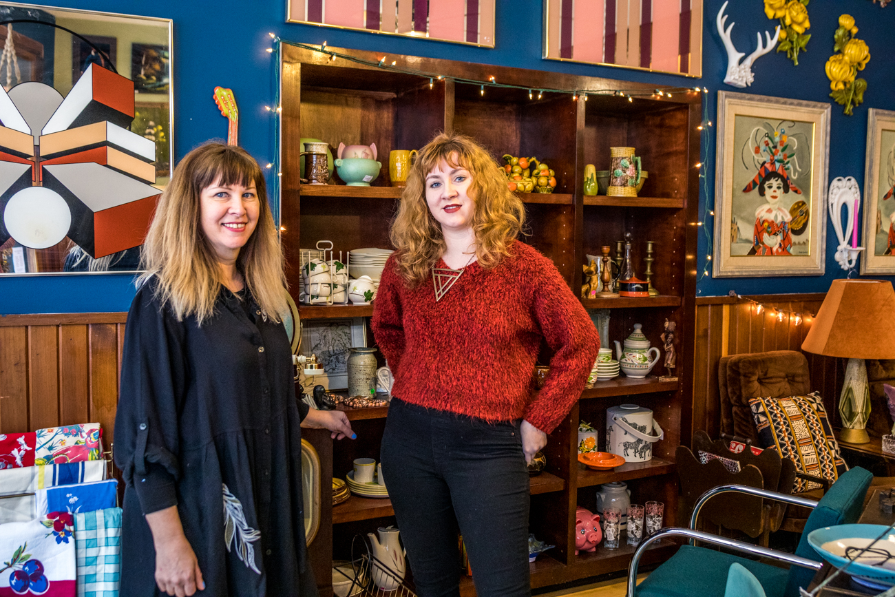 Owner Helen Smith and daughter Izabella who also works at the shop / Image: Catherine Viox // Published: 2.16.20