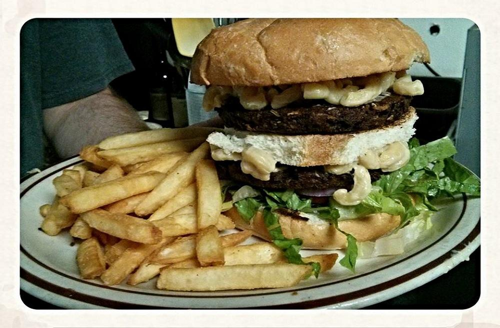 Vegan Mac Burger at Wayward Cafe. (Photo courtesy: Wayward Cafe Facebook Page)