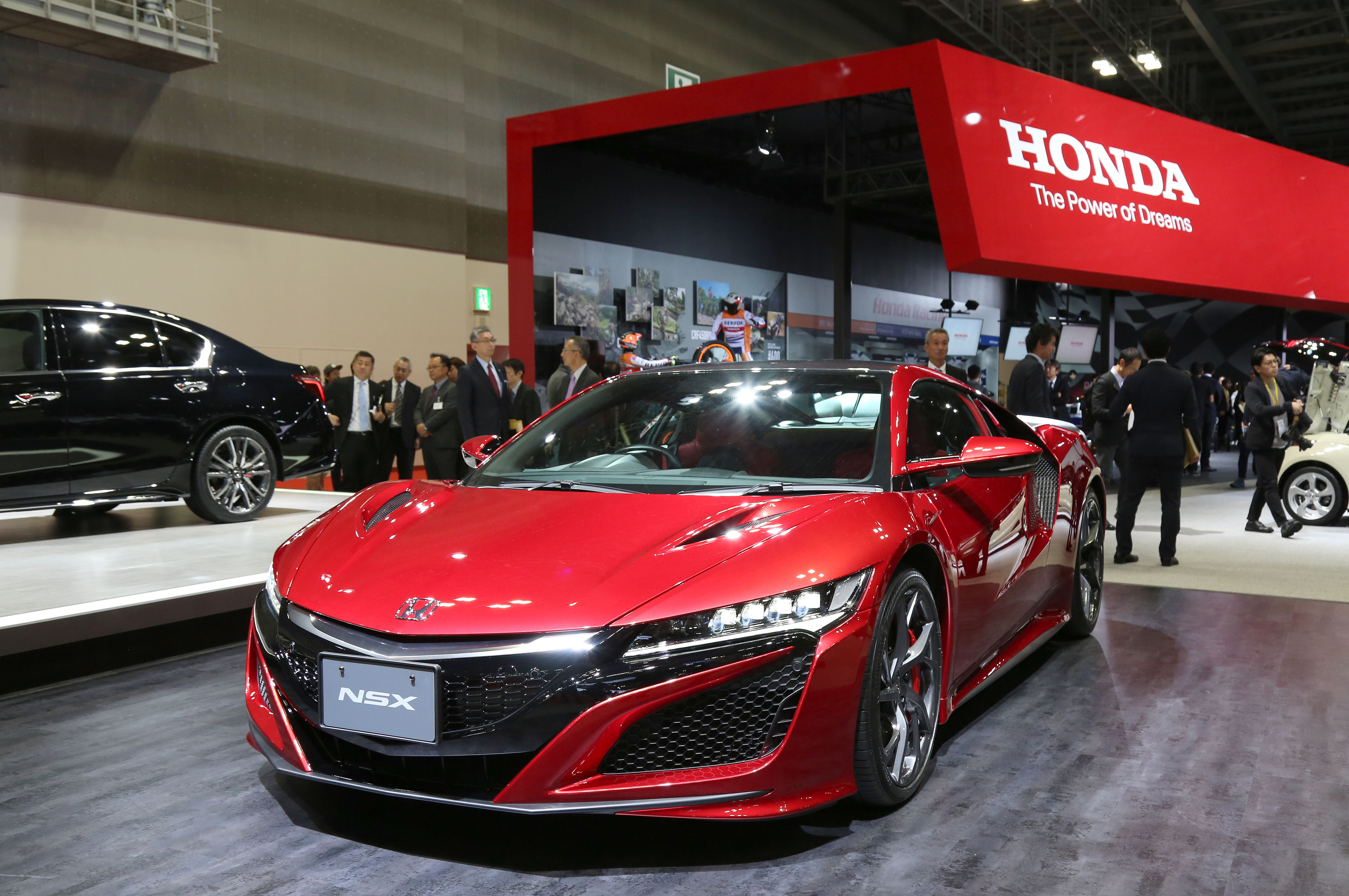 Tokyo Motor Show 2017  Featuring: Honda NSX Where: Tokyo, Japan When: 25 Oct 2017 Credit: Yukio Tomita/Future Image/WENN.com  **Not available for publication in Germany**