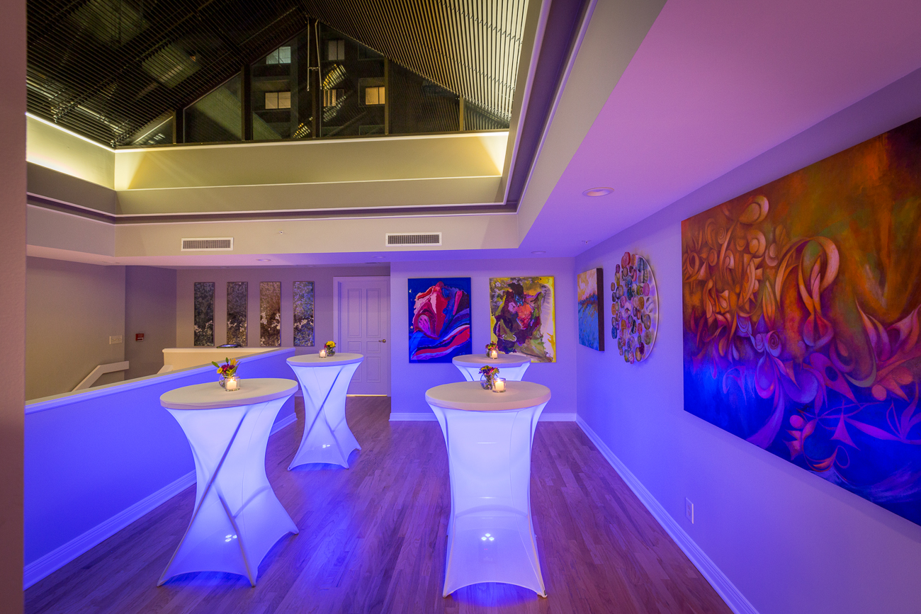 Banz Studios in Downtown Cincinnati is a multi-purpose space designed with art and entertaining in mind. Located two blocks from Paul Brown Stadium and within the Historic West Fourth District, the studio displays gallery artwork and offers art consulting, custom framing, and has everything you need to throw an event. / Image courtesy of Banz Studios // Published: 10.4.20