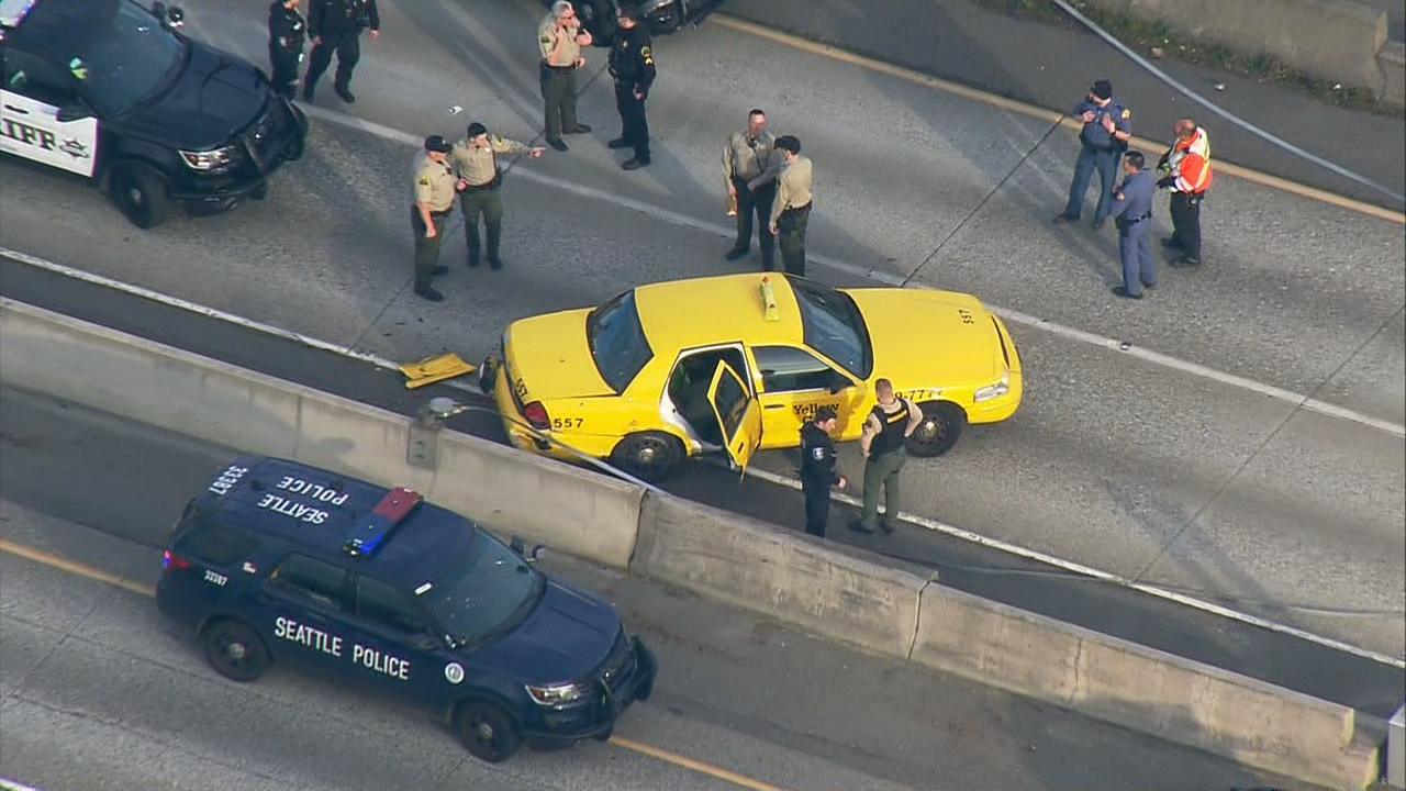 Police chase and apprehend taxi carjacking suspect. (KOMO News file photo)