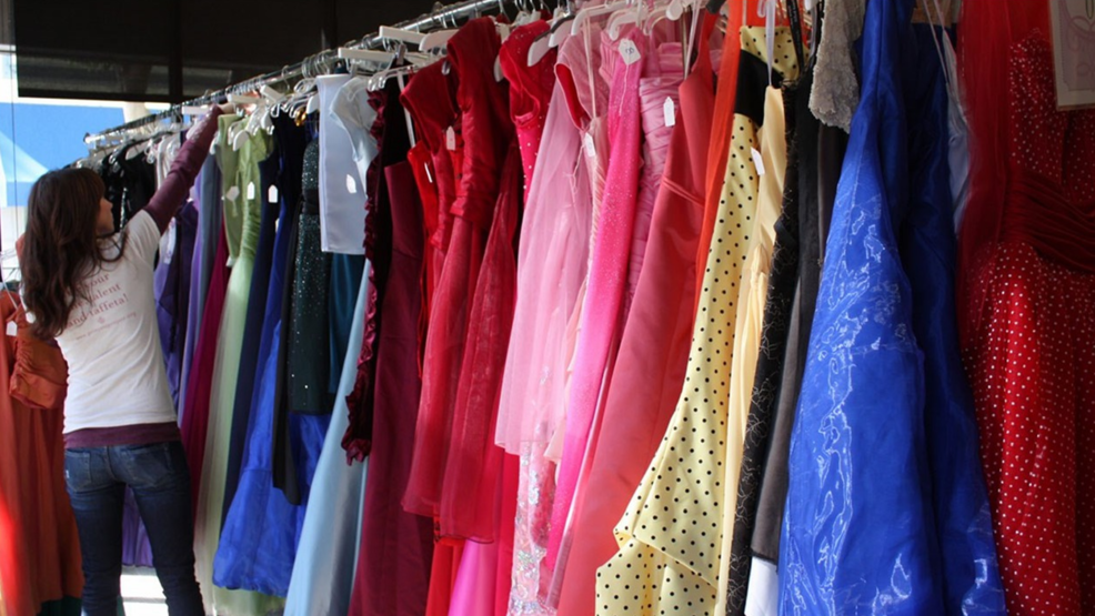 Say \'yes\' to the prom dress at a resale event | WRSP
