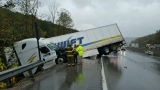 Wrecks in Institute area snarling traffic on Interstate 64