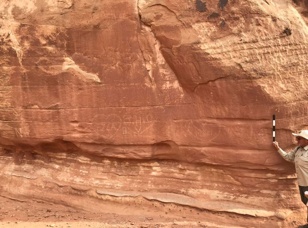 NPS trains staff to remove graffiti at Capitol Reef National Park. (Photo: @CapitolReefNPS / Twitter)