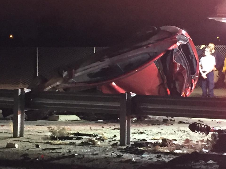 A man died early Tuesday morning after the CHP said he flipped his car on the Hwy. 41/168 transition. Photo: FOX26 Reporter Jim De La Vega