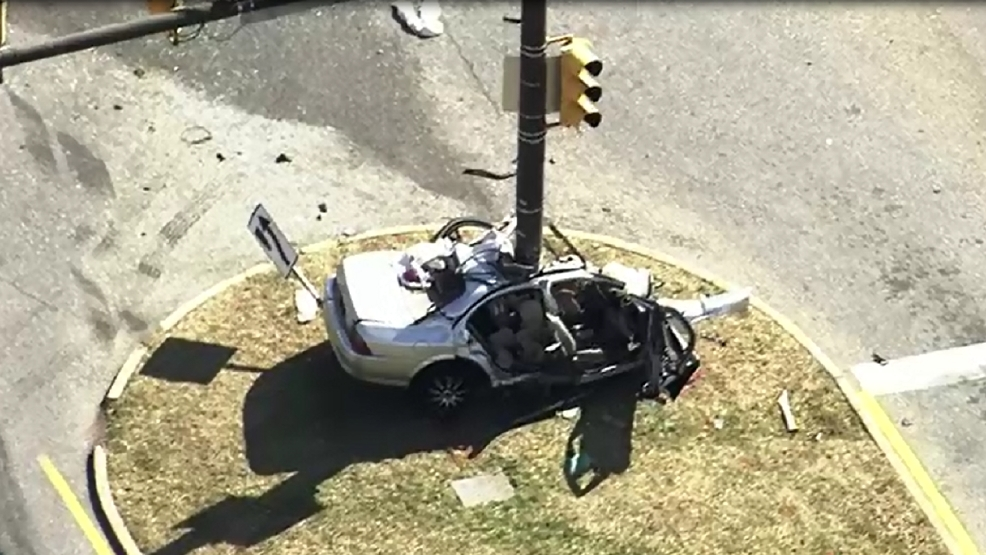 Northwest Federal Credit Union >> 2 people killed in car crash in Maryland, police say   WJLA