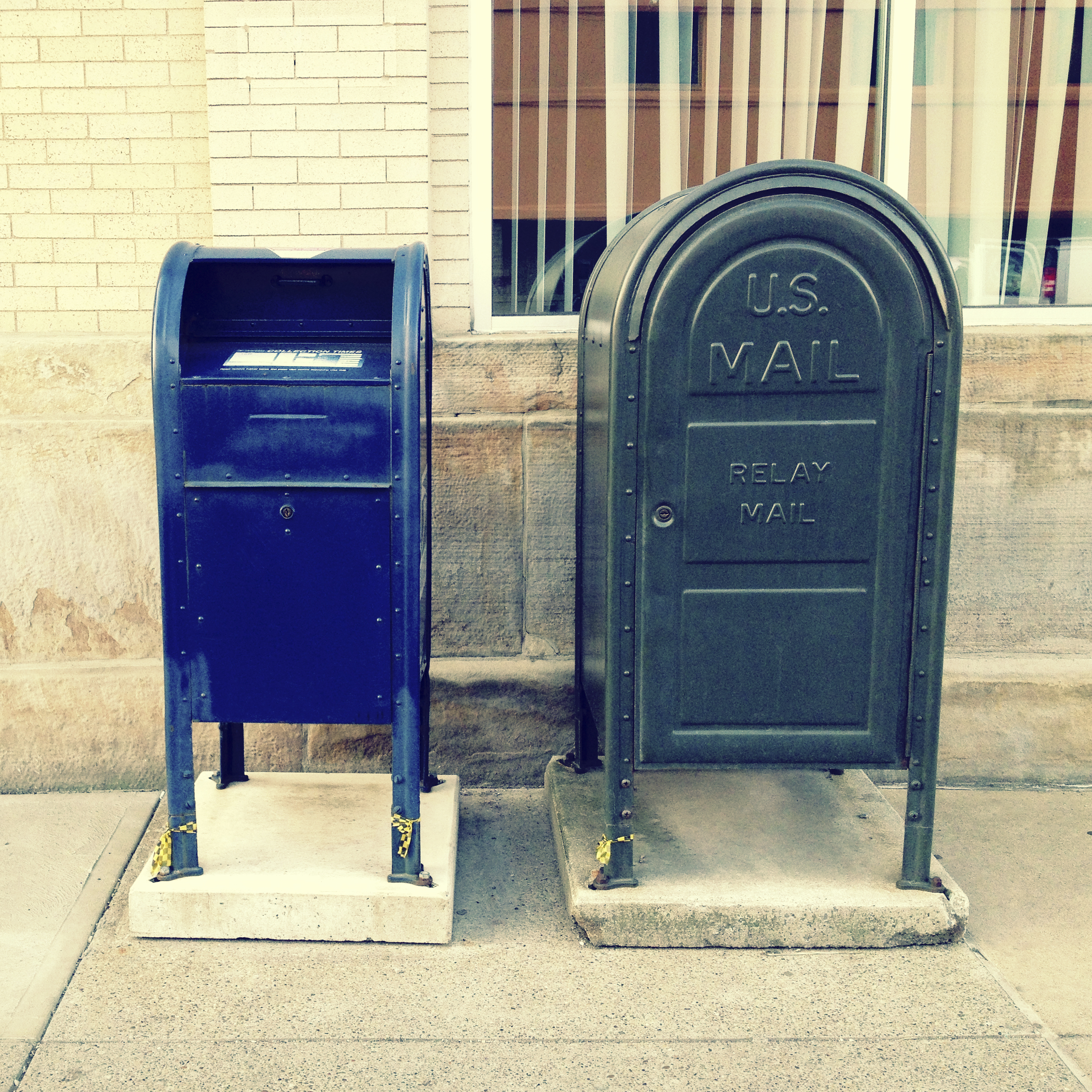United States Postal Service mailbox. (Getty Images)