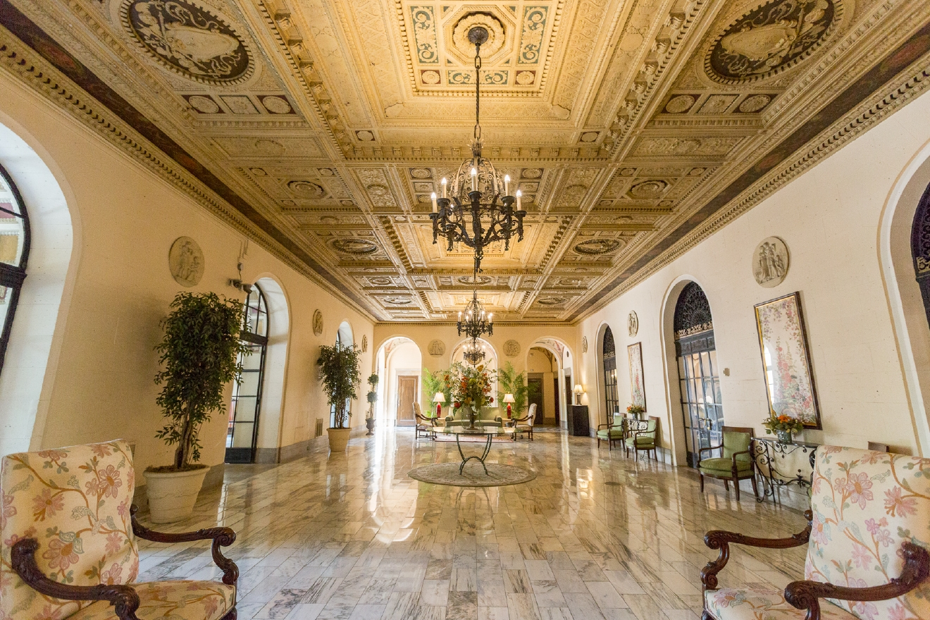 Built in 1925-26 and designed in the Second Renaissance Revival architectural style, The Belvedere was converted into condos during the early 1980s. / Image: Daniel Smyth Photography