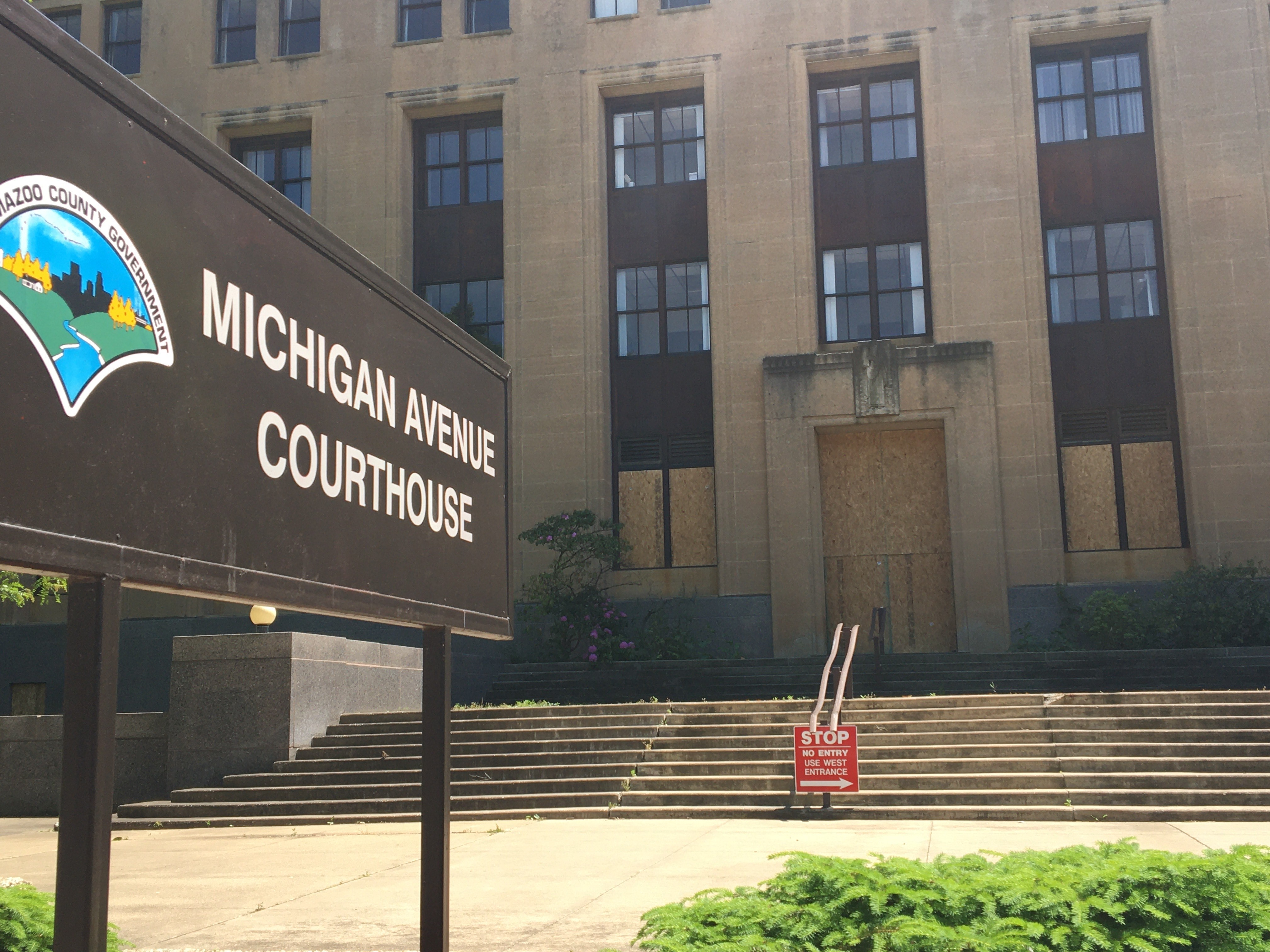 Kalamazoo County government officials closed up the Michigan Avenue Courthouse on Tuesday, June 2, 2020, after declaring a state of emergency following overnight looting and vandalism. (WWMT/Manny Revilla)