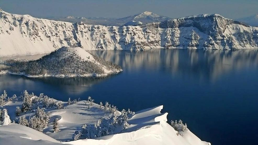 Snow forecast for Crater Lake area Saturday