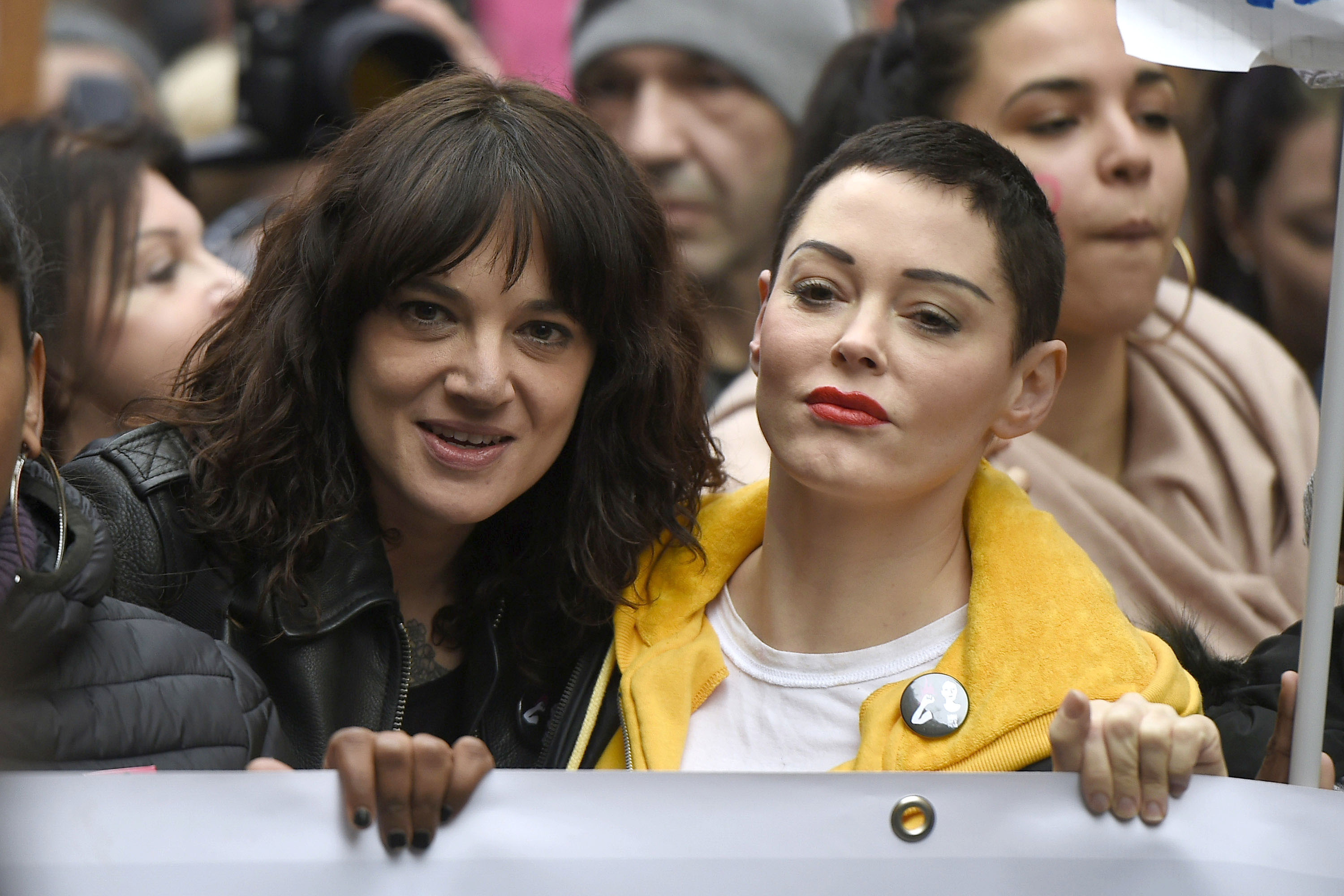 Asia Argento and Rose McGowan participate in a parade on International Women's Day in Rome, Italy.Featuring: Asia Argento, Rose McGowanWhere: RomeWhen: 08 Mar 2018Credit: IPA/WENN.com**Only available for publication in UK, USA, Germany, Austria, Switzerland**