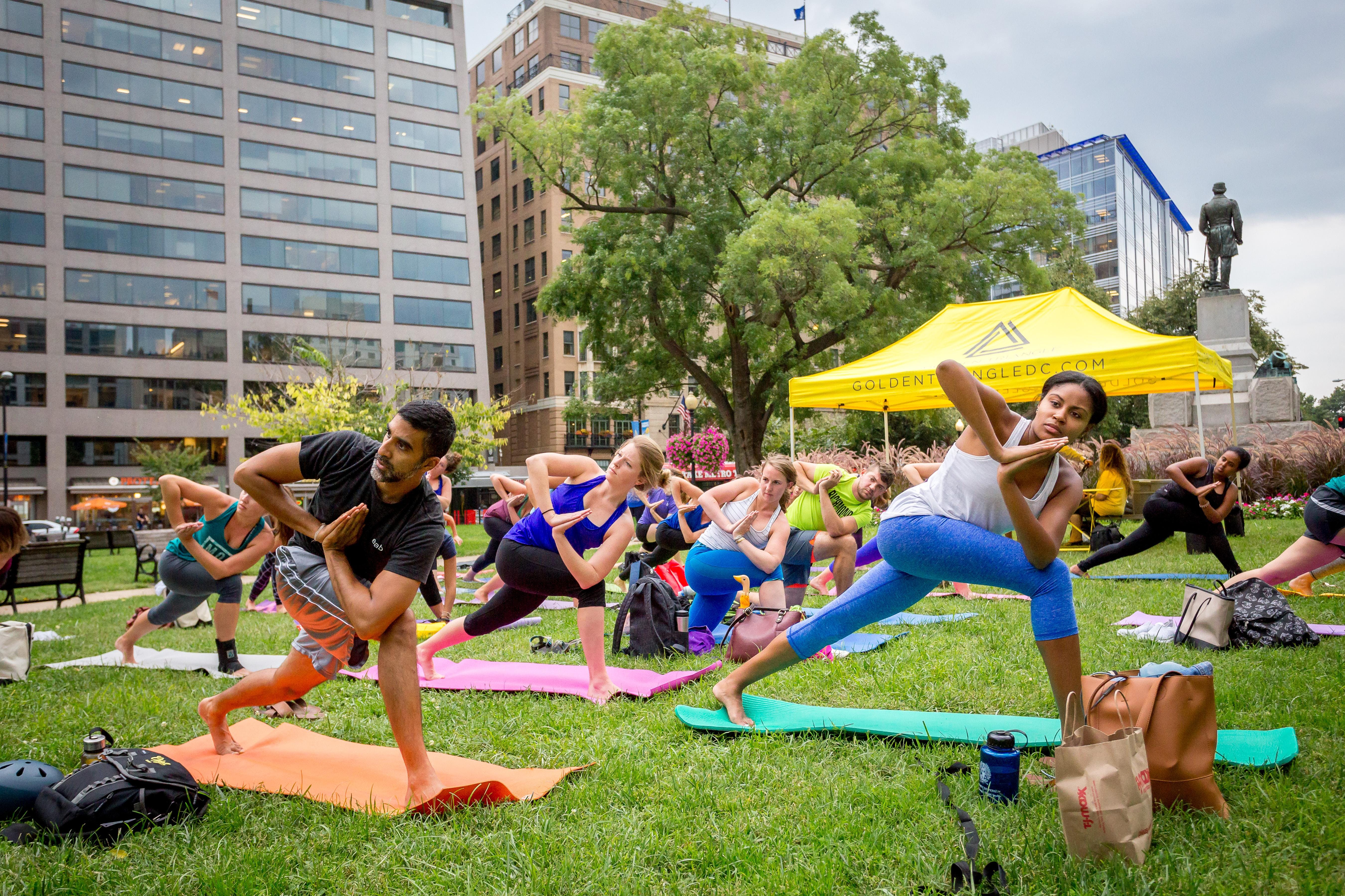 Every Tuesday, Wednesday and Thursday from now through September, the Golden Triangle BID is partnering with local business to offer free outdoor fitness classes taught by certified trainers. (Image: Courtesy Golden Triangle BID)