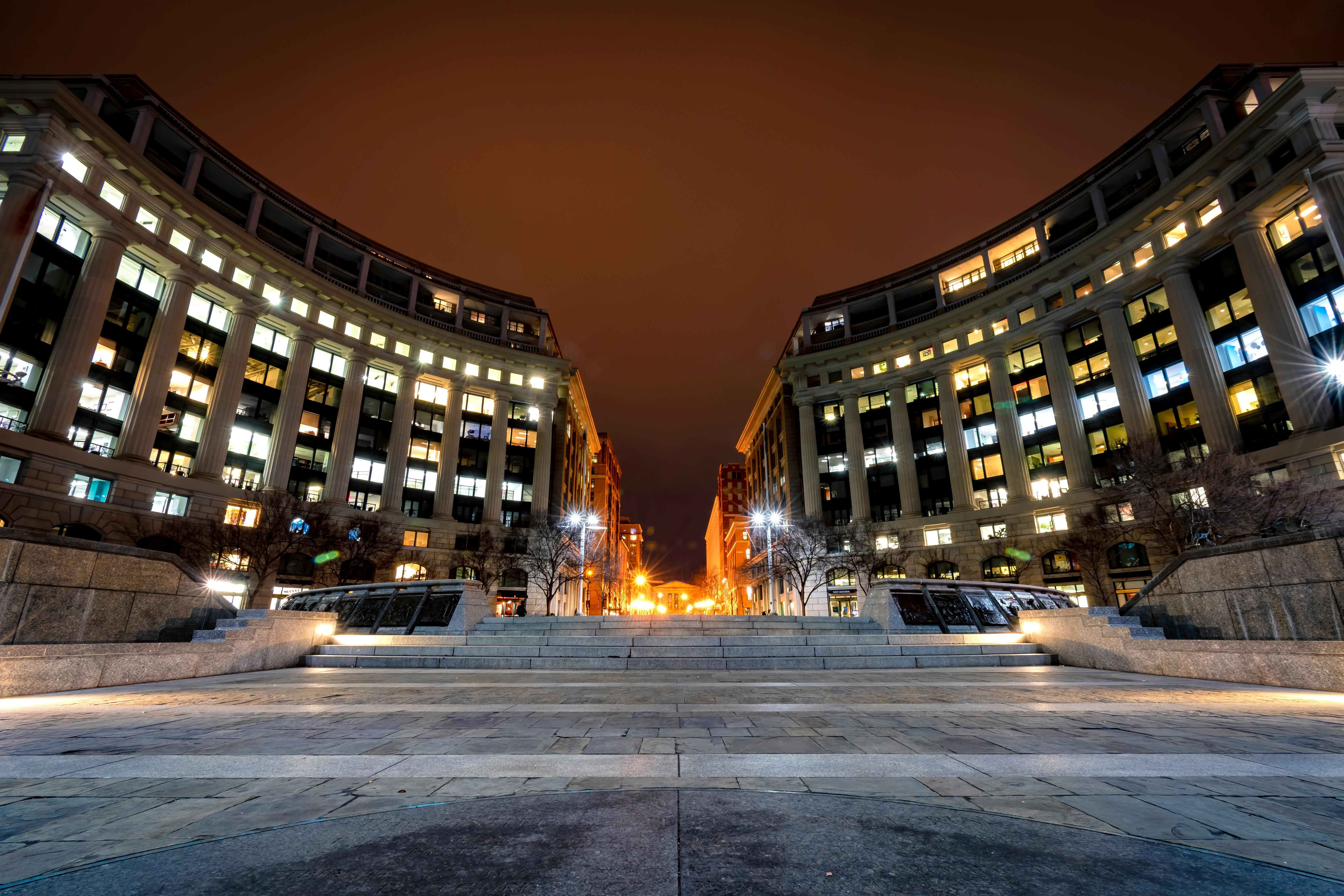 Late night long exposure of the Navy Memorial. Taken January, 2018. (Image: Adam Brockett){ }