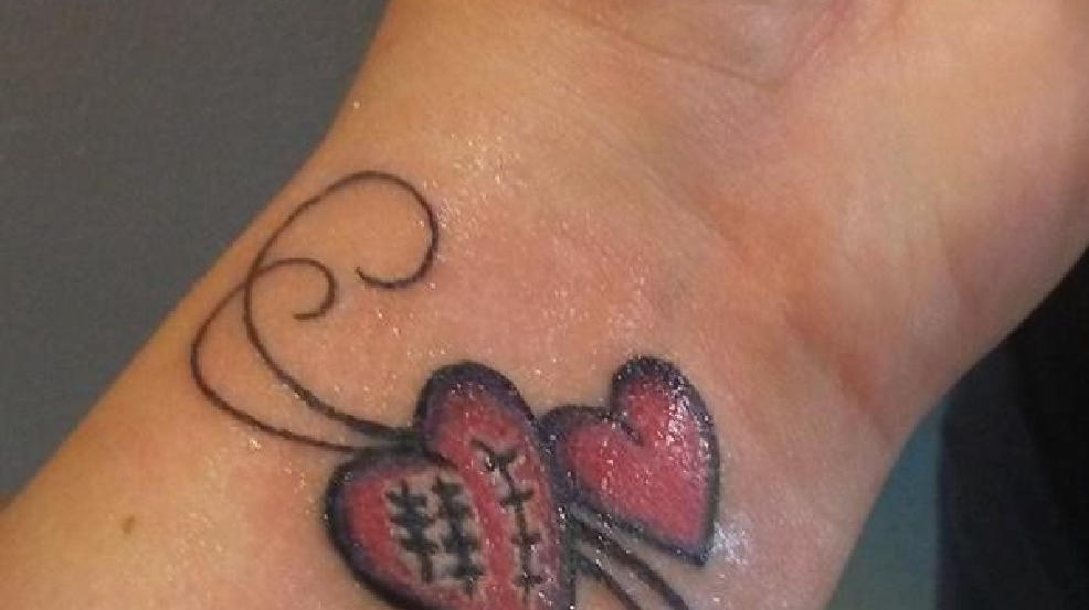 Tattoo story open heart surgery woai for Heart surgery tattoo