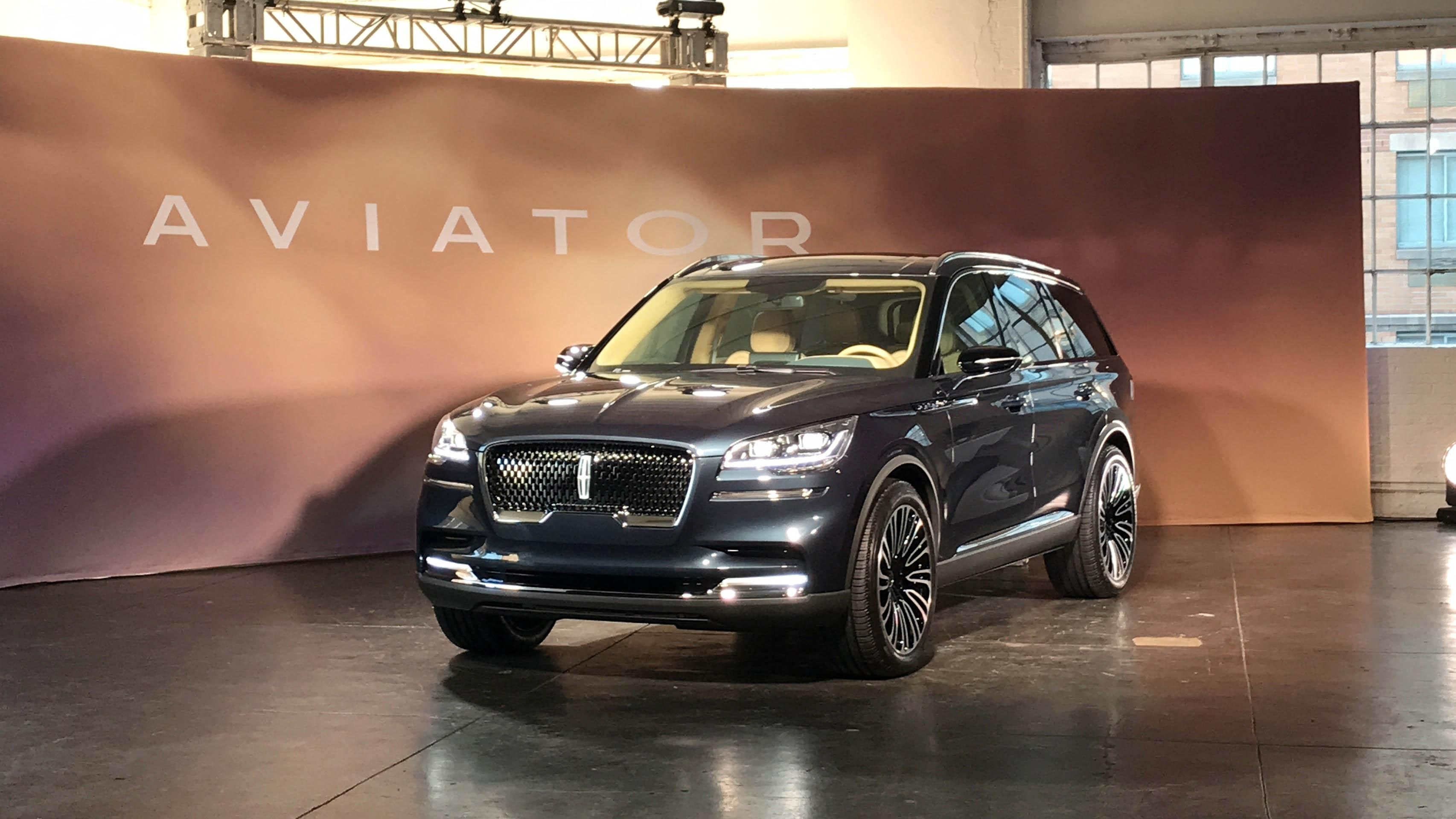 New York International Auto Show: Lincoln takes flight with new ...