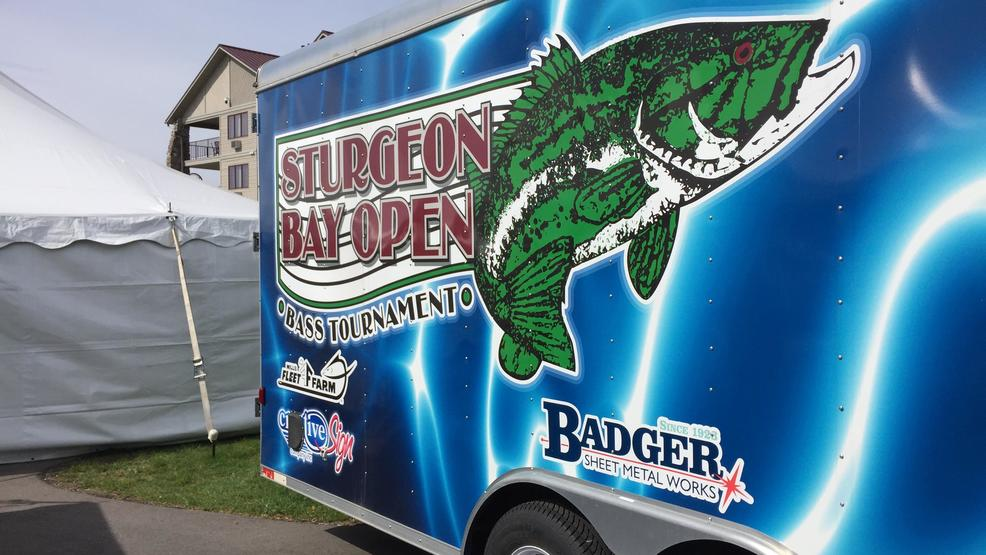 Sturgeon bay bass tournament delayed due to wind wluk for Open bass fishing tournaments