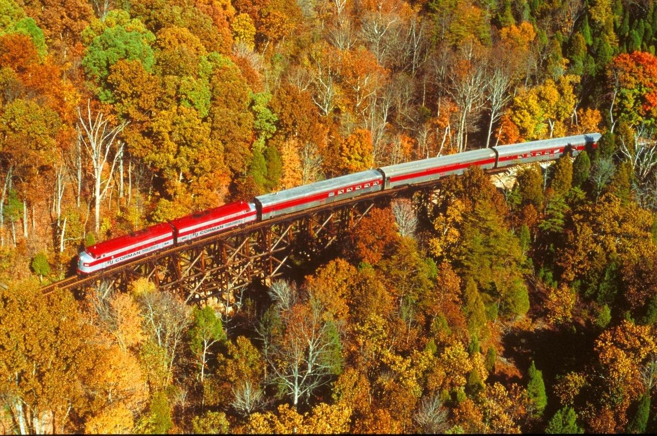 PLACE: Bardstown, KY / DISTANCE: 141 miles south of Cincinnati, a little over two-hour drive / Bardstown, KY's 'My Old Kentucky Dinner Train' is a great way to review foliage, as it passes through the Bernheim Forest, over a wooden trestle bridge, and near the Four Roses and Jim Beam distilleries. / Image courtesy of the Kentucky Department of Tourism // Published: 10.19.19