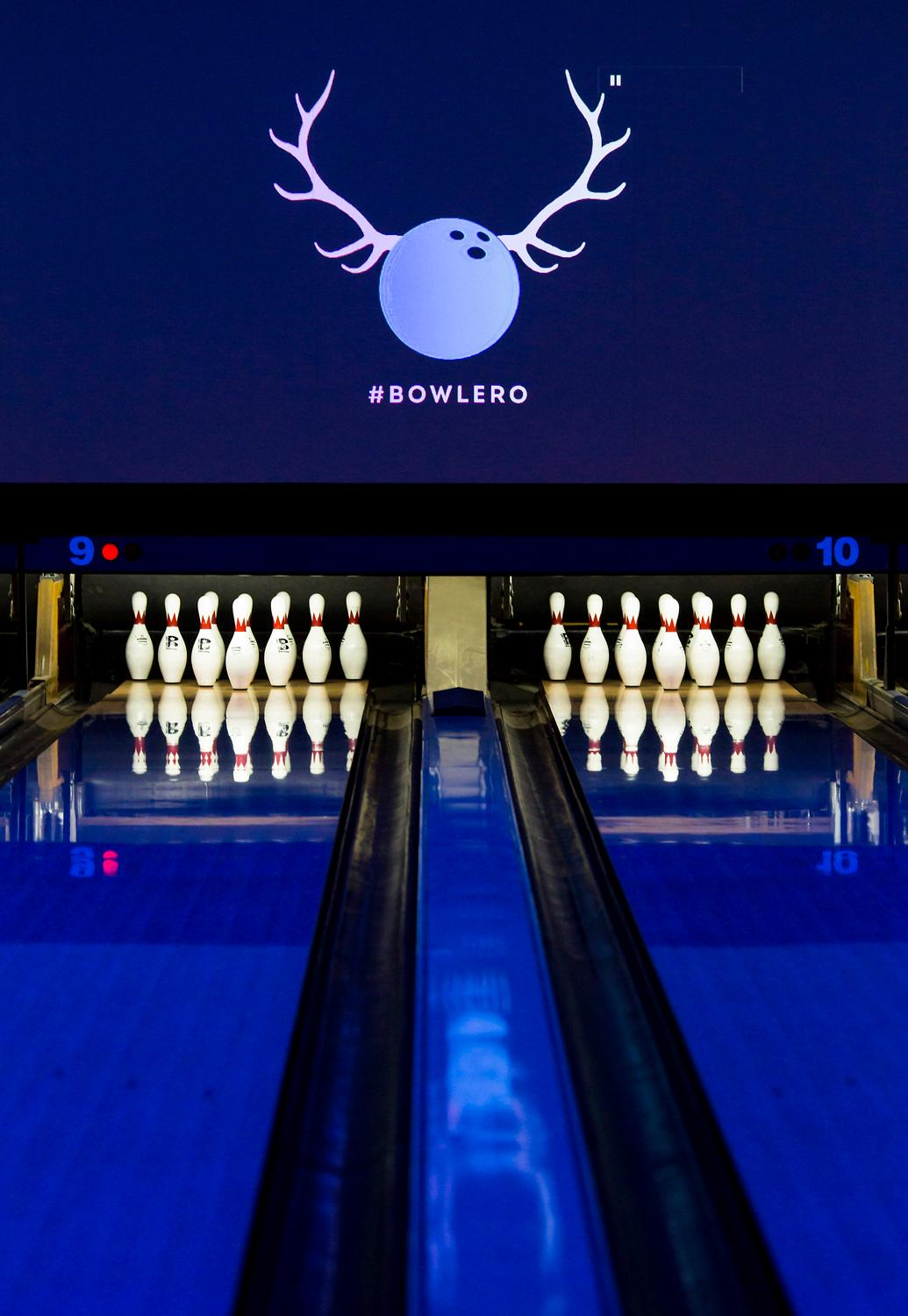 The first Bowlero entertainment center has opened up with their grand opening party over the weekend with a grand opening event which included free bowling, arcade play and delicious food from Bowlero's brand new BOWLED menu, like the Supreme French Fry Sampler, the colossal Party Pretzel, and a 2-foot long hot dog, also known as the Chi Town Mega Dog. The new spot is located at 1222 164th St SW. (Sy Bean / Seattle Refined)