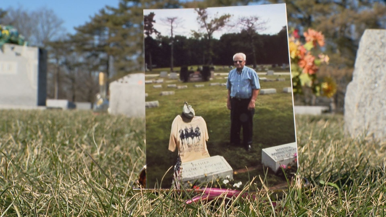 Sylvsester Cashen, 85, has been caring for Knute Rockne's grave for years. // WSBT 22 photo