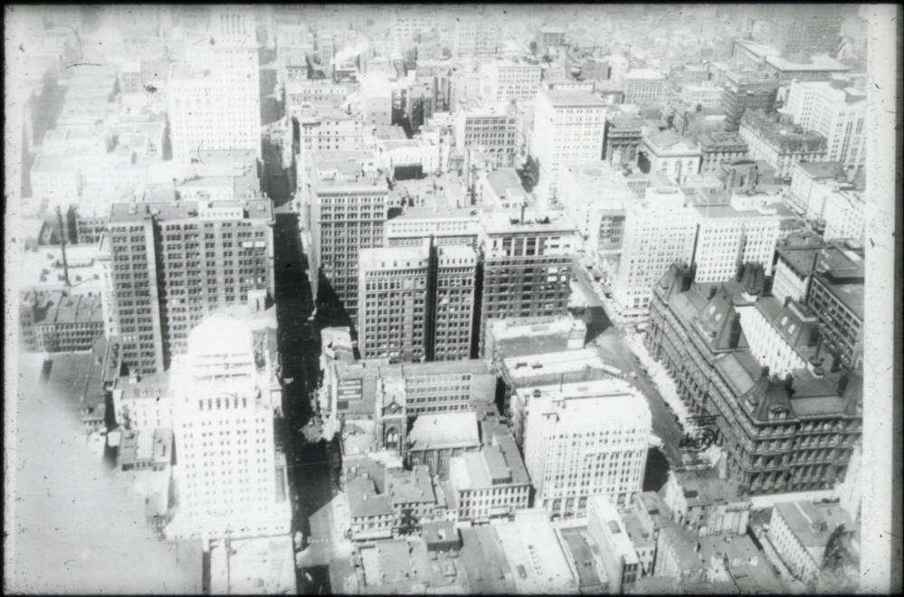 An aerial view of pre-1930 Cincinnati showing Government Square in the lower right of the frame (the post office is clearly visible). Most noticeably missing from the photo is the Carew Tower, which was completed in 1930. / Image courtesy of the Public Library of Cincinnati and Hamilton County // Published: 9.27.18