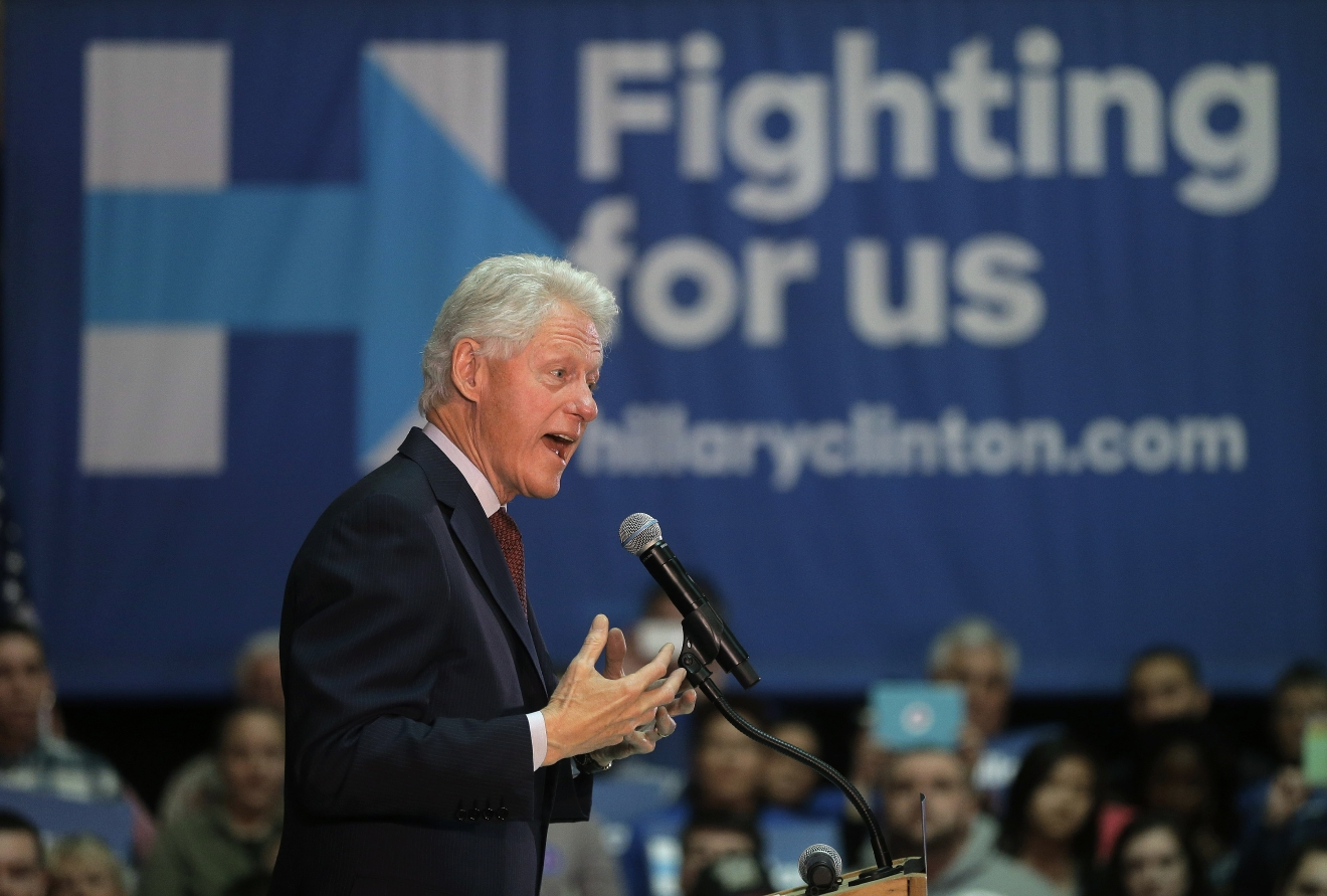 Former President Bill Clinton speaks in support of his wife, Democratic presidential candidate Hillary Clinton, Thursday, April 14, 2016, at the Community College of Rhode Island in Warwick, R.I. (AP Photo/Steven Senne)