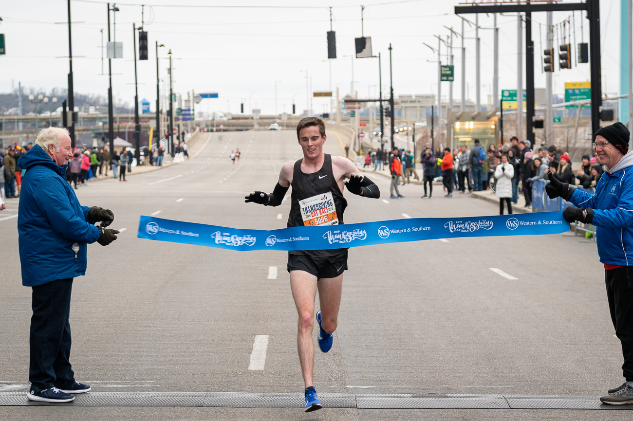 JJ Webber, who won last year, took first place for men with a time of 30:50. / Image: Phil Armstrong, Cincinnati Refined // Published: 11.28.19