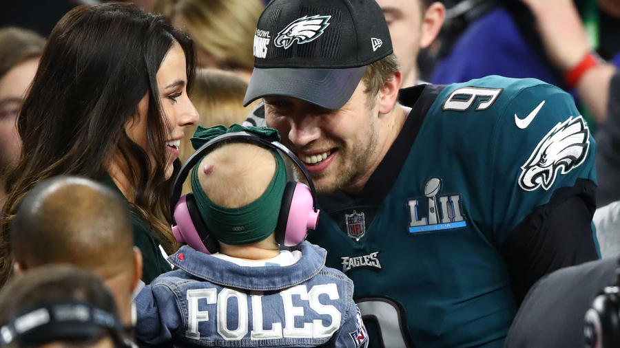 <p>Nick Foles celebrates defeating the New England Patriots 41-33 in Super Bowl LII with his wife Tori Moore. (Gregory Shamus / Getty Images)<br></p>