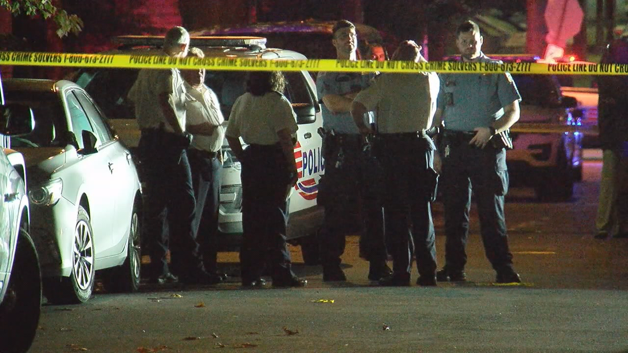 Police: 3 killed, 2 injured after several overnight shootings throughout DC. (ABC7)