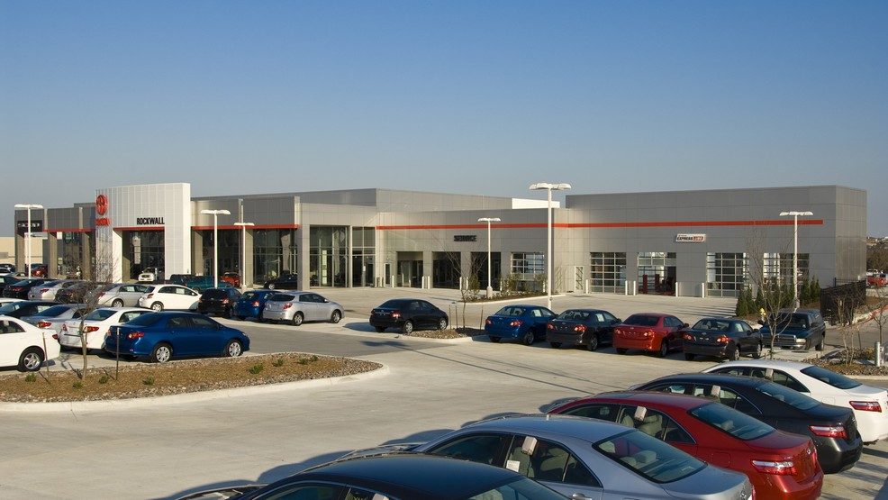 2008_Gold_LEED_Certified_Rockwall_Toyota_Dealership_-_005.jpg
