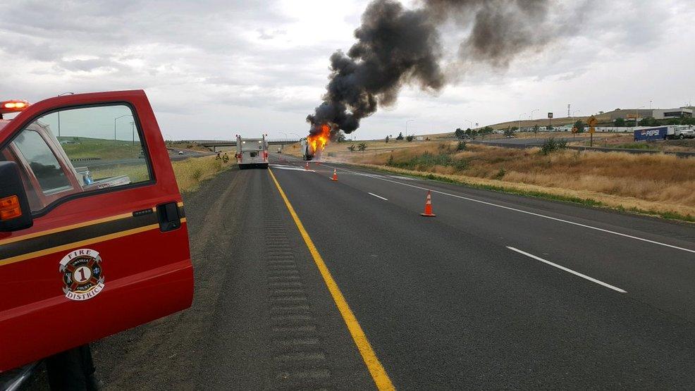 Gallery Crash on I84 Westbound slims truck t