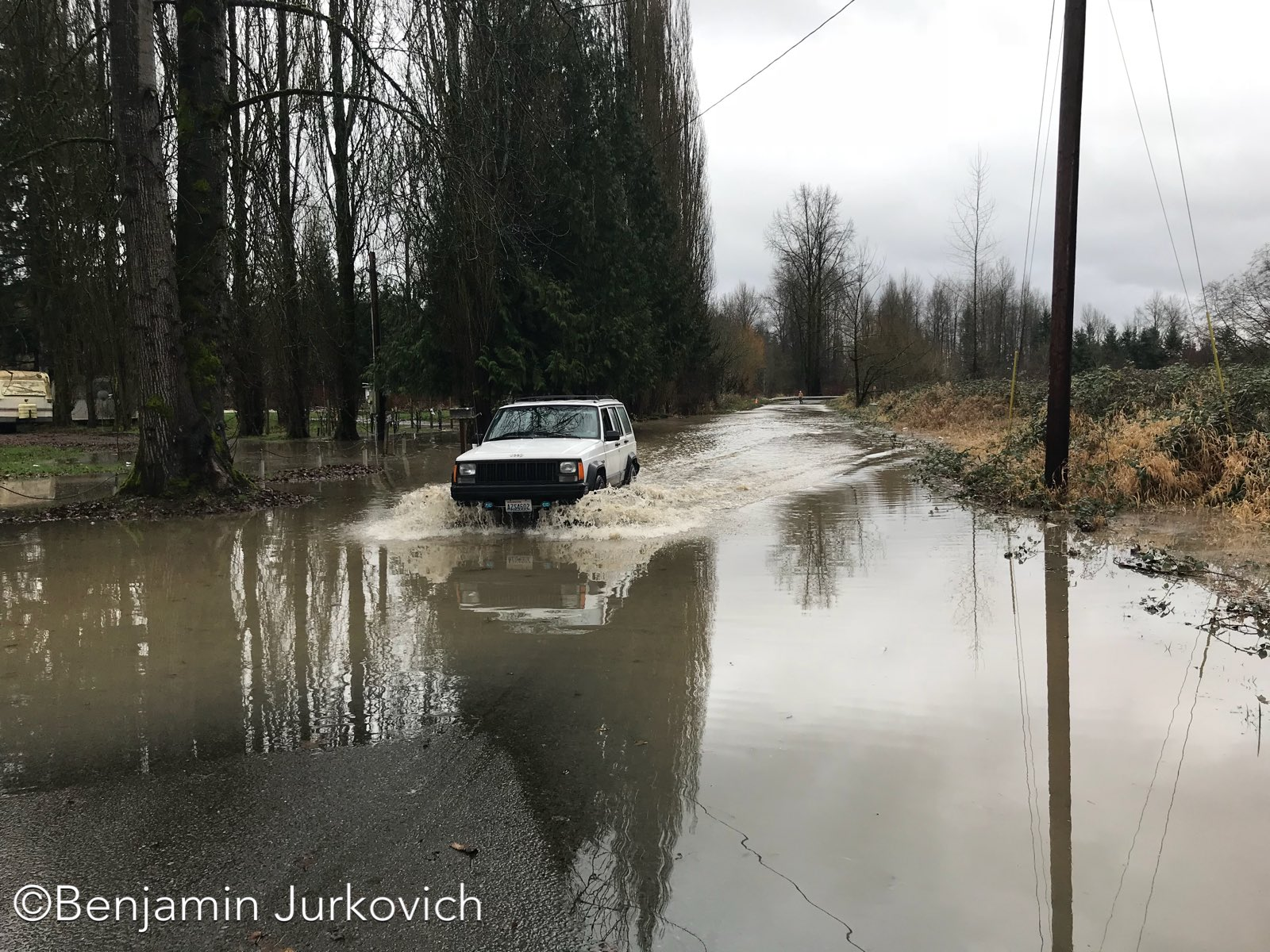 Flooding on the Pilchuck River near Lake Stevens (Photo: Benjamin Jurkovich)