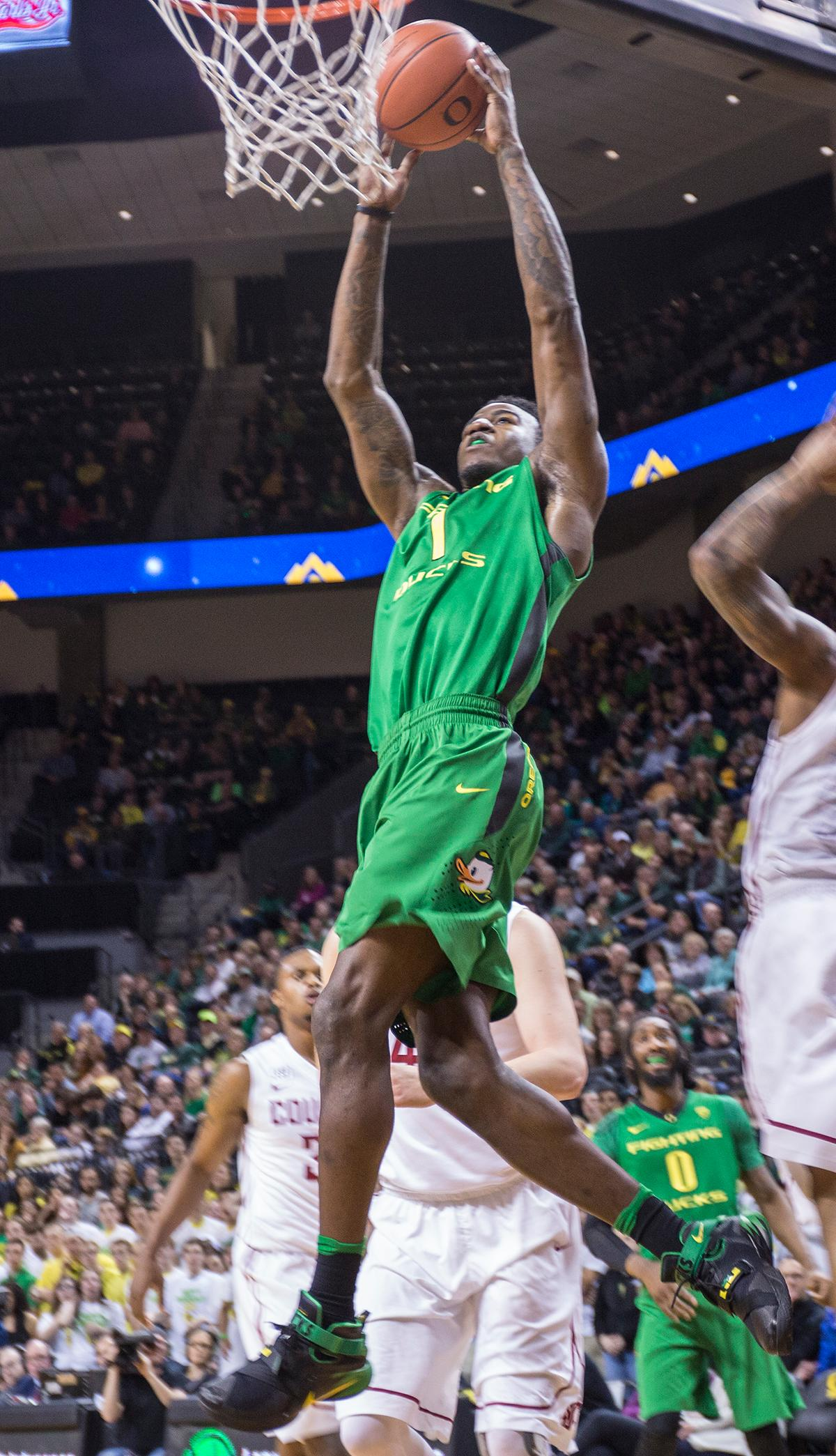 Oregon Ducks' Jordan Bell (#1) reaches for the basket during the game against the Washington State Cougars. The Ducks beat the Cougars 76-62. Kianna Cabuco, Oregon News Lab