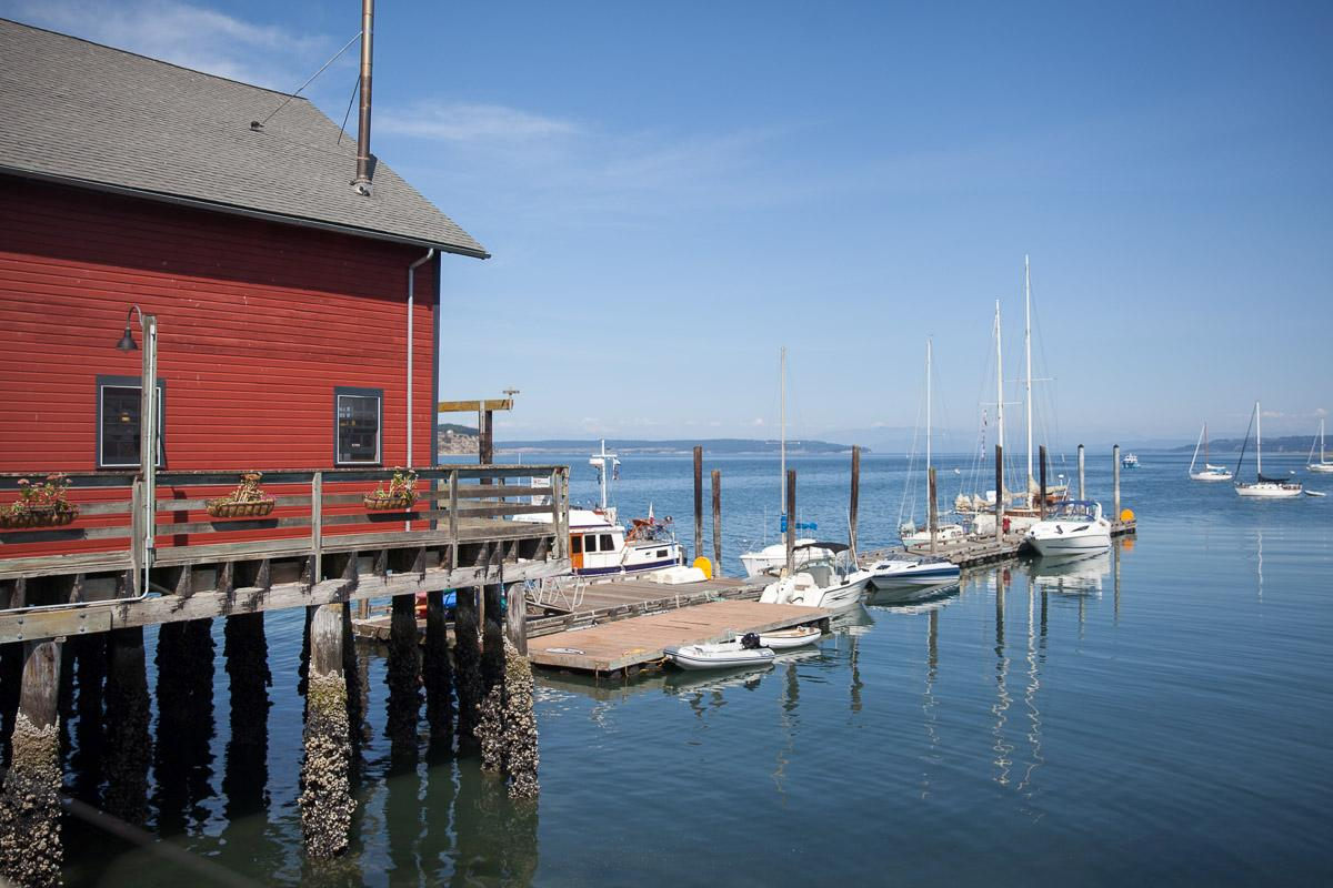 Sailing and kayaking from the wharf (Image: Paola Thomas / Seattle Refined)