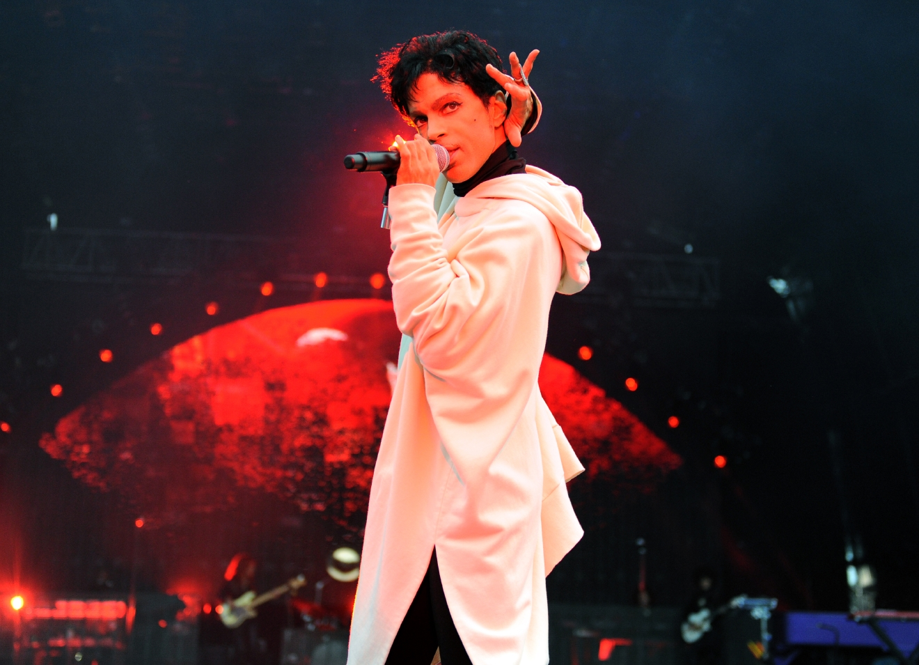 "EXCLUSIVE - Prince performs during his ""Welcome 2 Europe"" tour at Malahide Castle on Saturday, July 30, 2011 in Dublin, Ireland  (Photo by Jordan Strauss/Invision/AP)"