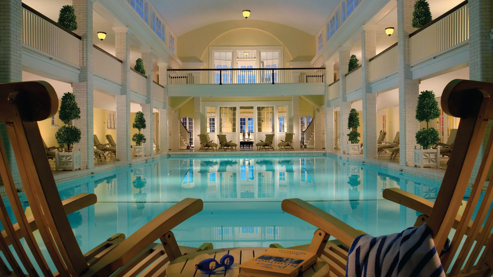 pool indoor.jpg